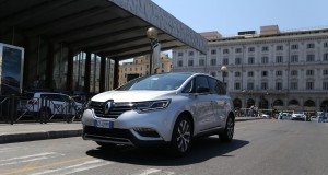 Nuovo_Renault Espace_First_Class_Journey2
